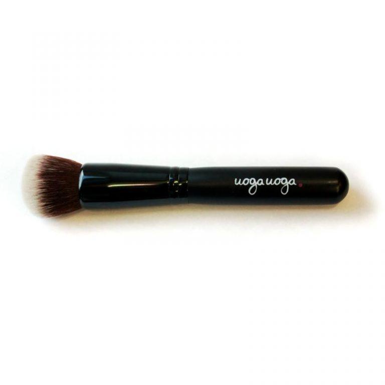 Brush 12 foundation 1 stukuk Uoga Uoga